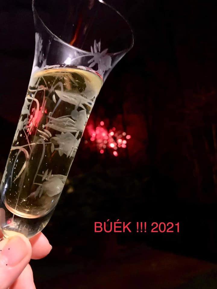 helyes-szoveg-korrektúra-2021-01-02-BÚÉK01